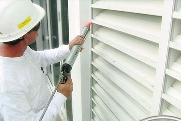 expert-decking-caulking